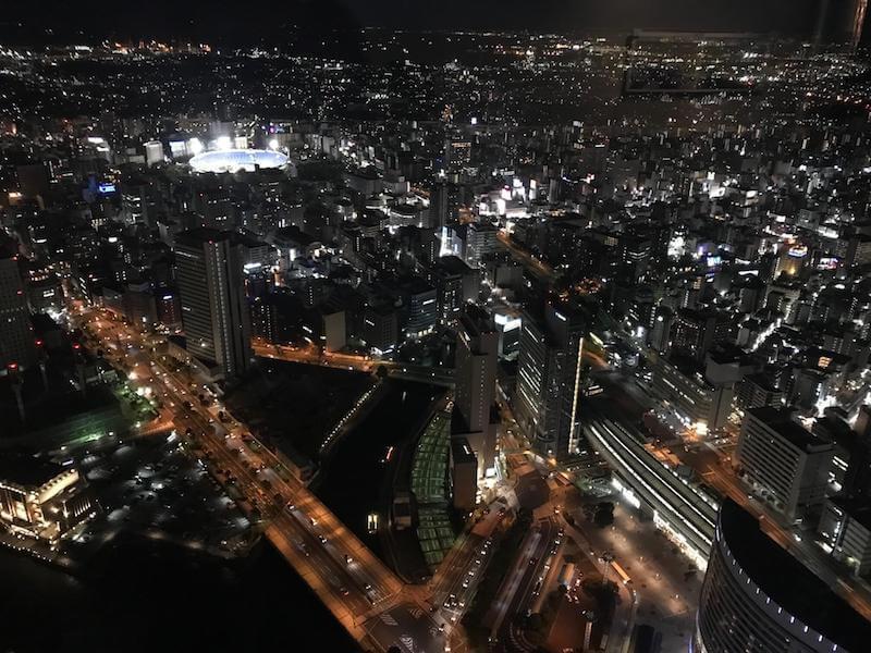 スカイガーデン展望台69階から見える横浜ズタジアム